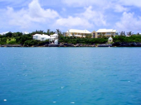 Picture of a house in Tucker's Town Bermuda from the water.