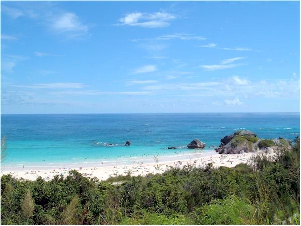 Warwick Long Bay Beach in Bermuda.  Is it too contaminated for swimming?